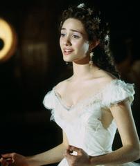 Christine (Emmy Rossum)