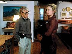 Woody Allen és Radha Mitchell a Melinda és Melinda forgatásán