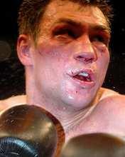Michalczewski a Tiozzótól elszenvedett kiütés után (fotó: epa)