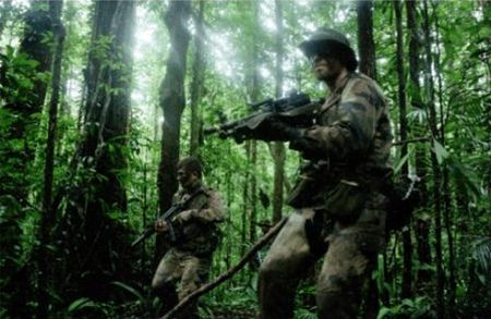 Idegenlégiósok a dzsungelban