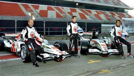 Honda: három pilóta, két új autó (fotó: epa)