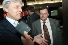 Magyari Béla urhajós és Kovács Kálmán miniszter