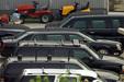 A biztonsági kíséret autói