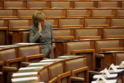 Dávid Ibolya és az üres székek // Fotó: Barakonyi Szabolcs, (c) 1999-2021 Index.hu