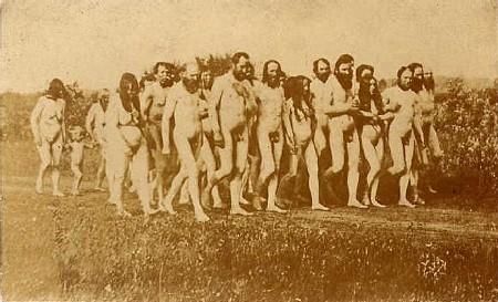 Nudistenwanderung kurz nach 1900