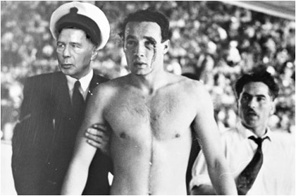 Horn Gyula és Zádor Ervin 1956-ban. Horn nemcsak Budapesten, az olimpián is kiváló munkát végzett, ami a rend helyreállítását illeti (Fotó:National Library of Australia/Tbg)