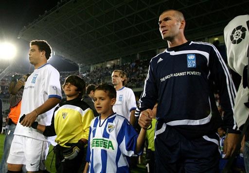 Ronaldo �s Zidane vezetik csapataikat