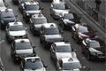 Megbénítják Franciaországot a taxisok