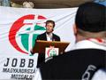 Jobbik és gárdisták a Deákon
