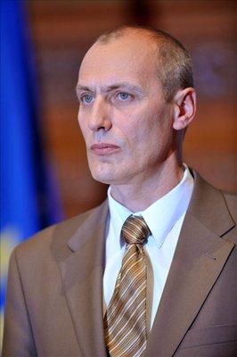 Sz�kely Tam�s eg�szs�g�gyi miniszter