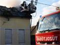Kigyulladt egy családi ház Budapesten