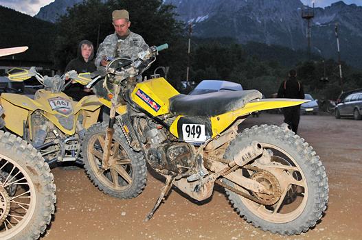 Yamaha RD350-ből épített versenymotor