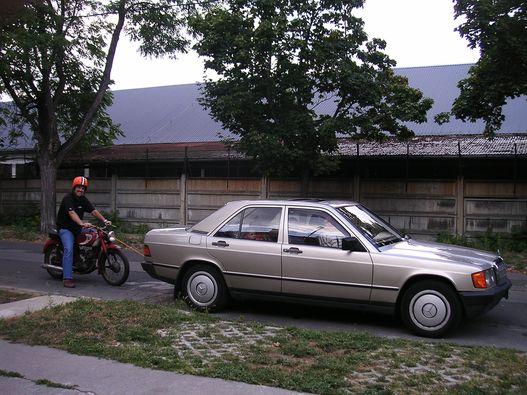 Egy korábbi vontatás. Nappal, kisebb motorral, tét nélkül