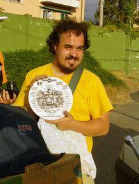 Árpád a 30 eurósmindenfélegép-tányérral