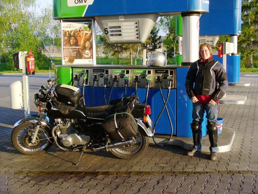 Egy 32 éves motorral is lehet messzire túrázni