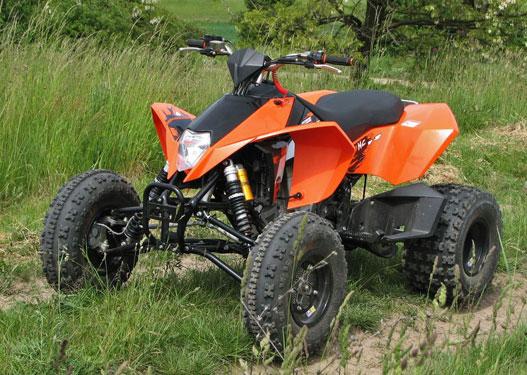 Sport ATV, mondja a KTM. Tehát nem faipari munkagép