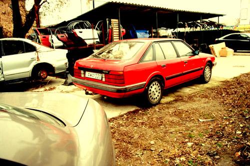 Csikós Mazda 626 GT-je hátulról