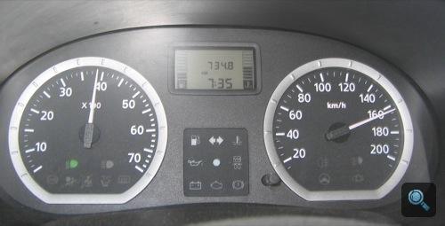 163 km/h-s végsebesség a Dacia sebességmérőjén