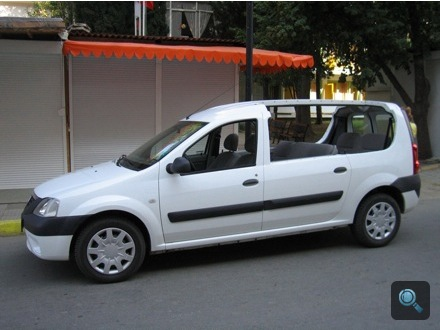 Kabrióvá alakított Dacia Logan MCV a bulgáriai Naposparton. Fotó: H. Zoltán