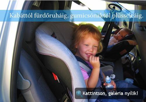 A szerző gyermekei a Dacia hátsó ülésén