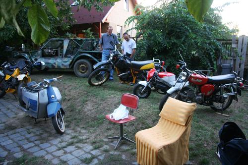 Öreg motorok a klubban