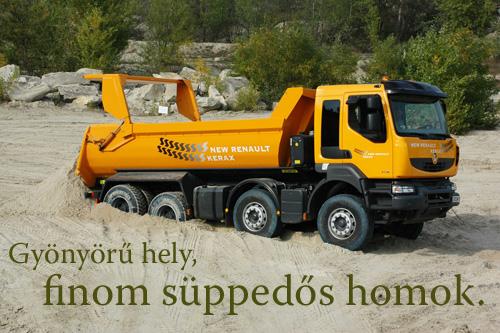 Elakadt Renault Kerax kamion a homokbányában