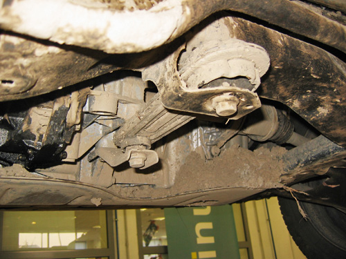 A Dacia alja, sáros kartervédővel