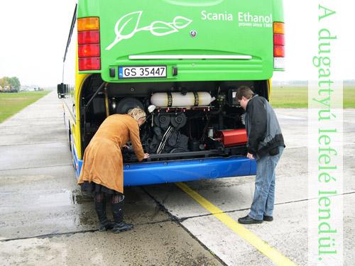 Scania Omnilink E95 busz motorja. Fotó: Égő Ákos