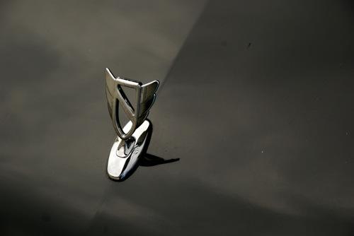 Fekete Buick Regal GS 3.0 V6 orrdísze