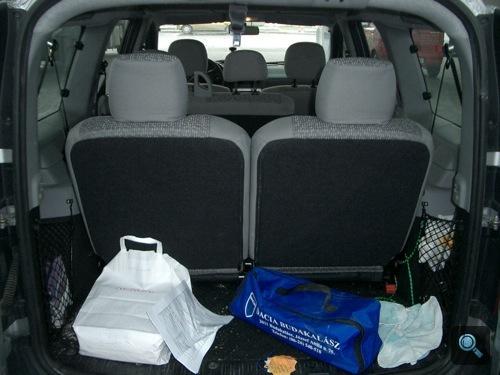 Logan MCV maradék csomagtartója felhajtott ülésekkel