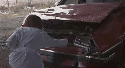 "Holly Hunter mint Dr. Helen Remington David Cronenberg ""Karambol"" című filmjében"