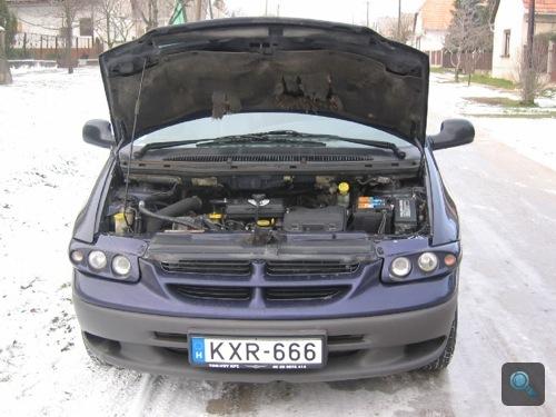 A szerző új Chrysler Grand Voyagere motorja