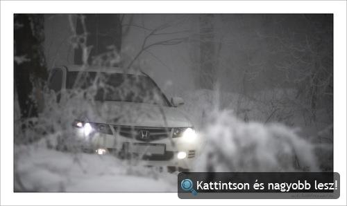 Honda Accord a hóban. Fotó: miki3d
