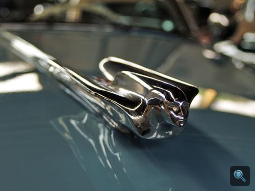 1949-es Cadillac orrdísze