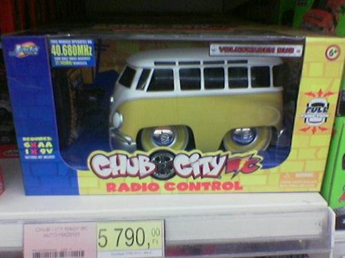 Chub City gyártmányú, Volkswagen Transporter formájú játékautó. Fotó: Bee(Tm)