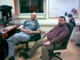 Csikós Zsolt és Bende Tibor a Totalcar szerkesztőségében. Fotó: Winkler Róbert