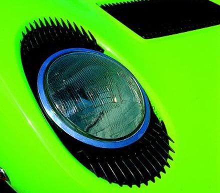 Zöld Lamborghini Miura első lámpája. Fotó: Auto Italia