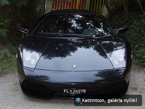 Fekete Lamborghini Murciélago LP640 szemből