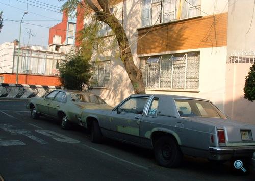 Chevrolet Chevelle Malibu és Ford LTD Mexikóvárosban