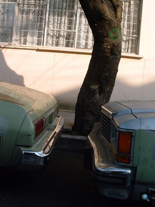 Chevrolet Chevelle Malibu feneke és Ford LTD Mexikóvárosban