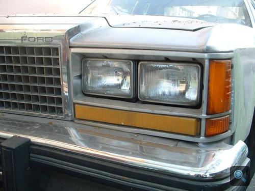 Ford LTD orra Mexikóvárosban