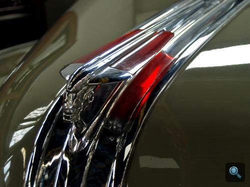 1948-as Pontiac orrdísze