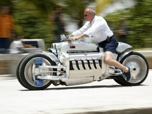 Dodge Tomahawk motor. Forrás: Serious Wheels