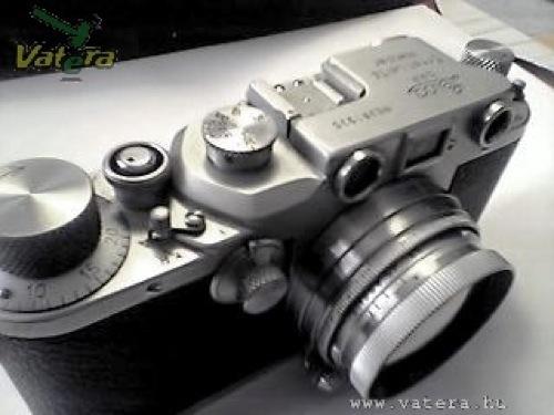 Leica IIIc fényképezőgép. Forrás: Vatera