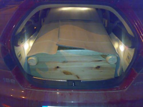 Alfa Romeo 159 SW nyitott csomagtartója