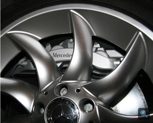 Mercedes-Benz SLR McLaren kerámia féktárcsái. Fotó: AlieN