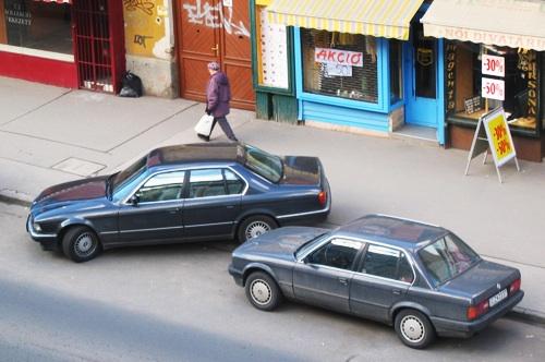 BMW E30 és E32 a Totalcar szerkesztőségének ablakából