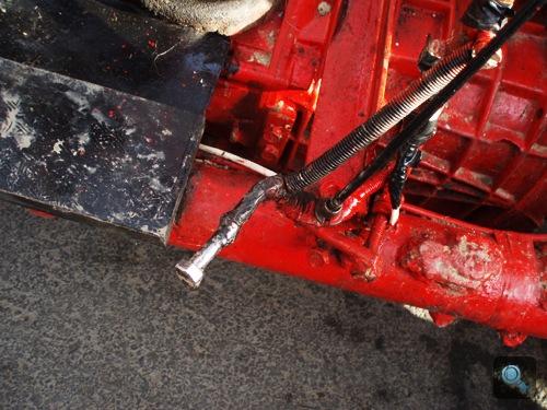 A Busórájder 125-ös MZ motorjának gázadó csavarja