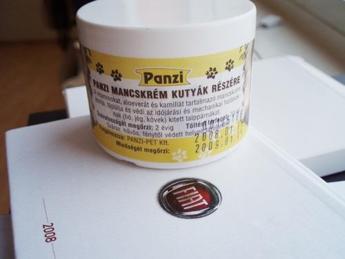 Egy tégely Panzi márkájú mancskrém
