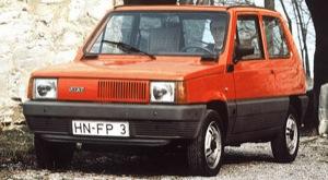 Piros Fiat Panda. Forrás: Használtautó.hu
